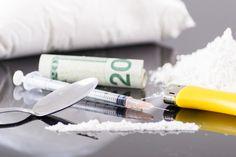 Twarde i miękkie narkotyki: podział, rodzaje, działanie Drugs, Youth, Young Adults, Teenagers