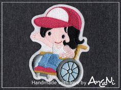Aufnäher Rollifahrerin ♥ Patch Rollstuhlfahrerin von AnCaNi auf DaWanda.com