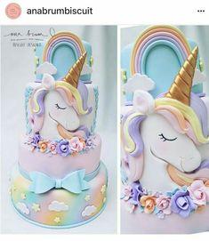 Awesome unicorn cake, this is so cool. Cake by ・・・ Mais um Unicórnio fofo Com muito amor para via Unicorn Foods, Unicorn Cakes, Baby Unicorn, Rainbow Unicorn, Unicorn Birthday Parties, Birthday Cakes, Birthday Outfits, 7th Birthday, Birthday Ideas