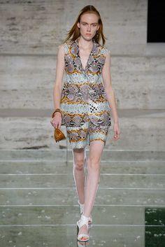 The Pink Pineapple: Milan Fashion Week day 4 Salvatore Ferragamo, Spring Summer 2018, Milan, Peplum Dress, Ready To Wear, Fashion Show, Runway, Rompers, Model