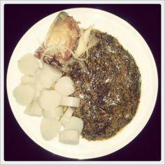 African food. Kwanga, Makayabü e Mfubwa. Feita pela Branca. Angola