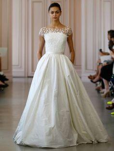 Vestidos de novia Óscar de la Renta 2016, creaciones ultrafemeninas para lucir única el día de tu boda Image: 5