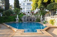Regardez ce logement incroyable sur Airbnb : White House Cannes à Cannes