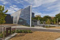 Cleveland School of Arts, Cleveland Ohio (USA) by Moody Nolan Entreprise : AM Higley / United Glass and Panel Systems, Copyright: Gilbertson Photography #Architecture #School #Zinc #VMZINC #USA #Façade #Cladding #AnthraZinc #QuartzZinc #DriDesignPanel