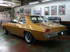 1975 Holden HJ Kingswood - Lou Guthry Motors