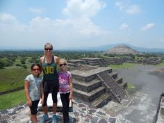 Pyramid of the Moon...a families blog about their Mexico Travels