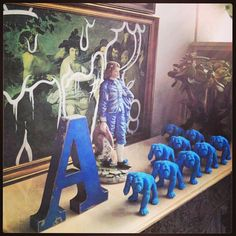 a cluster of gorillas at the azb head office Interior Inspiration, Interiors, Studio, Painting, Art, Art Background, Painting Art, Interieur, Studios