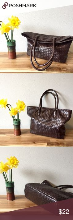 """Nordstrom Woven Leather Shoulder Bag Beautiful brown faux woven bag with roomy interior. Cloth lined with two inner side pockets. Nice sturdy handles. Man made material. Strap drop 8.5"""", 18"""" wide across top, 12.5"""" tall and 5.5"""" wide at bottom. Gently used. Smoke free home. Nordstrom Bags Shoulder Bags"""