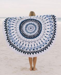 SUMMER ESSENTIAL: BEACH TOWEL BY THE BEACH PEOPLE | THE STYLE FILES