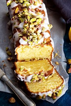 Mascarpone Cake, Pistachio Recipes, Lemon Desserts, Desert Recipes, Baking Recipes, Cupcake Recipes, Bakery, Food And Drink, Yummy Food