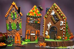 HalloweenHouses_900w