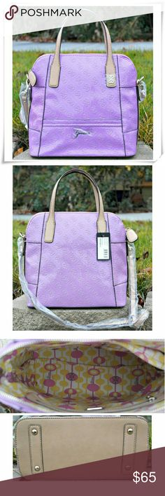 """🎀 Guess bag in Orchid color. 🌟 Embssed patent upper, Zip clouser, removable shoulder strap, light gold ardware, contrast lining, 4 insides pokets, one of them with a zipper, 2 front plates wth the logos. The color shown the best in the 3rd picture.  🌟 Details: L 11"""", H 11, W 5-1/2"""".  🌟 Please use only ✔OFFER 👈 button for all price negotiations. I'll do 👉🍓a price drop⤵ for you for discounted shipping, if we agree about the price. Guess Bags"""