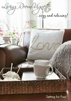 Cozy Home Decor - Living Room Vignette: I just updated my living room decor! Come see my decor updates including my sparkly DIY Love Pillow! Cozy Living Rooms, My Living Room, Living Room Decor, Rooms Home Decor, Diy Home Decor, Home Design, Design Design, Cosy Home, Living Vintage