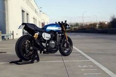 Yamaha XJR 1300 Cafe Racer by Roa Motorcycles #motorcycles #caferacer #motos | caferacerpasion.com