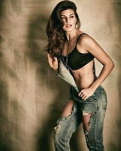 Hot or Not?  #JacquelineFernandez #Dishoom #celebrity #bollywood #bollywoodactress #bollywoodactor #actor #actress #photooftheday #picoftheday #instapic #instadaily #instagood #instalike #filmywave