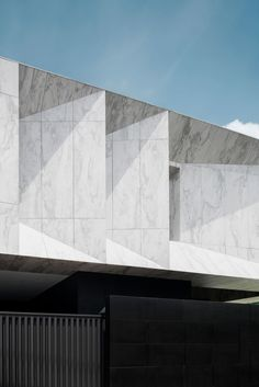Image 1 of 28 from gallery of Marble House / Openbox Architects. Photograph by Wison Tungthunya