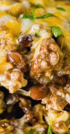 Mexican Cheesy Ground Beef and Rice Casserole I'm always looking for a quick and easy dinner idea and this Mexican Cheesy Ground Beef and Rice Casserole just became our favorite of Ground Beef Rice, Beef And Rice, Ground Meat, Mexican Food Recipes, Dinner Recipes, Healthy Recipes, Mexican Meals, Spanish Recipes, Dinner Ideas