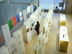 Glowing walls    Reading Forms – Exhibiting Graphic Design Exhibitions