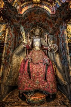 The Martyrs Theodora - Here to the St. Theodora the martyrs in a chair under a… Memento Mori, Rome Catacombs, Small Canopy, Post Mortem, Cute White Boys, Armadura Medieval, Catholic Art, Catholic Churches, Danse Macabre