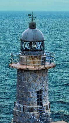 Faro de Santa Catalina, Spain- by herensuge