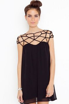Cut out cage shoulders dress //