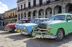キューバの首都・ハバナ 画像集 Havanna, Antique Cars, Vehicles, Cuban, Colorful, Places, Vacations, Viajes, Photo Illustration
