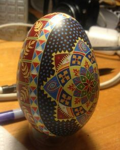Turkey Egg Pysanka by Katrina Lazarev Egg Crafts, Arts And Crafts, Carved Eggs, Ukrainian Easter Eggs, Egg Designs, Egg Art, Egg Decorating, Egg Shells, Stone Painting