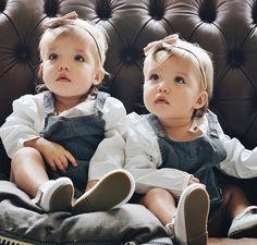 I want twins 💕 Twin Baby Girls, Twin Babies, Cute Baby Girl, Baby Girl Images, Baby Pictures, Twin Outfits, Toddler Outfits, Cute Twins, Cute Babies