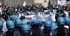 """Noi poliziotti in trincea contro il """"sacro teppismo"""" - http://www.sostenitori.info/poliziotti-trincea-sacro-teppismo/253287"""