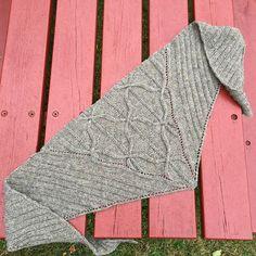 Ravelry: N-ogee pattern by Norah Gaughan