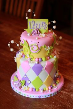 White, Peach and Pink Cake with Purple, Pink, Like & Peach Harlequin and Vines & Daisies (Laura)