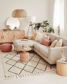 Cozy small living room decor ideas, include modern, rustic, and traditional and more. If you want to decor living, you can browse our website from time to time. Simple Living Room Decor, Boho Living Room, Living Room Grey, Small Living Rooms, Spacious Living Room, Home Room Design, Living Room Designs, Casas Containers, Home Office Decor