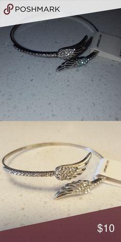 SALE Angel wing rhinestone bracelet Beautiful Angel wing rhinestone bracelet Jewelry Bracelets