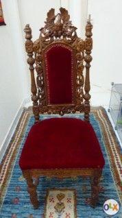 Antiker geschnitzter Stuhl (Meisterstück)