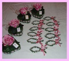 +Tischdekoration in rose+    Schöne Dekoration für Kommunion, Konfirmation, bestehend aus:    Moosherzen, dekoriert mit einer Seidenrose in rose, rose