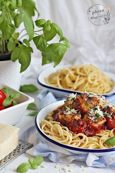 POLPETTI ARRABIATA ~ Spaghetti, Ethnic Recipes, Food, Essen, Meals, Yemek, Noodle, Eten