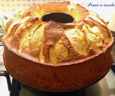Ciambella di mele al miele Ricotta, Little Cakes, Fall Recipes, Apple Pie, Brown Sugar, Camembert Cheese, Sweet Tooth, Snacks, Cooking