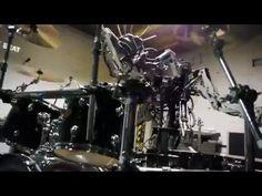 Die Roboter-Band Compressorhead [YouTube Pick des Tages] - http://www.delamar.de/fun/compressorhead-35529/?utm_source=Pinterest&utm_medium=post-id%2B35529&utm_campaign=autopost