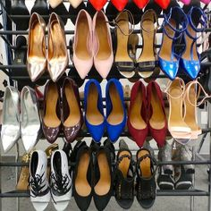 All #ShoeCult, all. the. time.