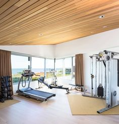 36 Home Gym Designs and Ideas. #home #homedesign #homedesignideas #homedecorideas #homedecor #decor #decoration #diy #kitchen #bathroom #bathroomdesign #LivingRoom #livingroomideas #livingroomdecor #bedroom #bedroomideas #bedroomdecor #homeoffice #diyhomedecor #room #family #interior #interiordesign ##interiordesignideas #interiordecor #exterior #garden