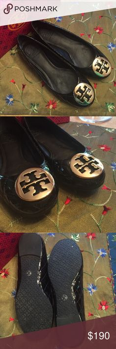 ⭐️Flats⭐️ ⭐️Tory Burch Quinn Ballet Patent Flat in Black⭐️Gold hardware and quilted design⭐️Only worn once so in EUC⭐️Comes with box⭐️Size 6.5⭐️Please use the offer button⭐️I WILL NOT respond to offers in the comments⭐️🚫No Trades🚫 Tory Burch Shoes Flats & Loafers