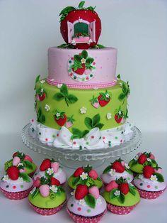 Strawberry house cake Cake Candy, Strawberry Shortcake Birthday Cake, Strawberry Cakes, Blue Strawberry, Beautiful Cake Pictures, Beautiful Cakes, Birthday Cake Girls, Birthday Cupcakes, Gardening Hacks