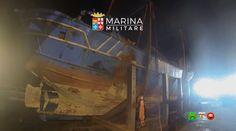 MARINA MILITARE - Posizionamento sul pontone del relitto del Pescherecci...