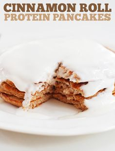 Cinnamon Roll Protein Pancakes - The Slender Student
