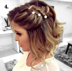 20 Gorgeous Prom Hairstyle Designs for Short Hair - Hair Styles 2019 - Cheveux Femme Prom Hairstyles For Short Hair, Braided Hairstyles For Wedding, Braids For Short Hair, Cool Hairstyles, Hairstyles 2018, Bride Hairstyles, Short Hairstyles For Wedding Bridesmaid, 2018 Haircuts, Woman Hairstyles