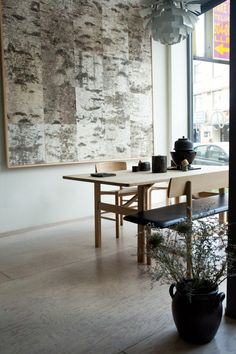 Chanoyu: A solo exhibition for Masanobu Ando at KITKA design toronto House Design, Room Inspiration, Interior Design, Wallpaper Panels, Furniture, Birch Bark Decor, Home, Interior, Home Decor