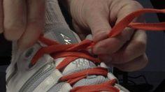 17 τρόποι για να δέσετε τα κορδόνια σας: http://www.planitikos.gr/2012/05/17.html