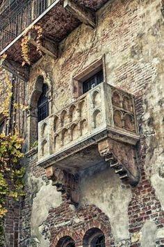 Balcão de Romeu e Julieta em Verona, Itália