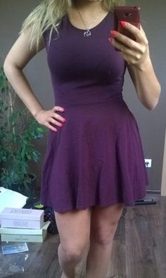 Bordowa sukienka TOPSHOP lekko rozkloszowana z metki rozmiar 40. ale to bardziej 36/38