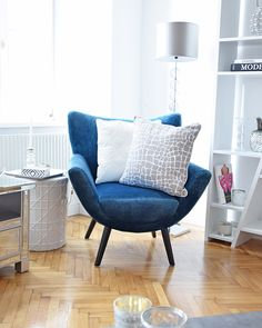 Pure Velvet Interior & Home Decoration City Style, Accent Chairs, Loft, Pure Products, Living Room, Interior, Furniture, Home Decor, Interior Home Decoration